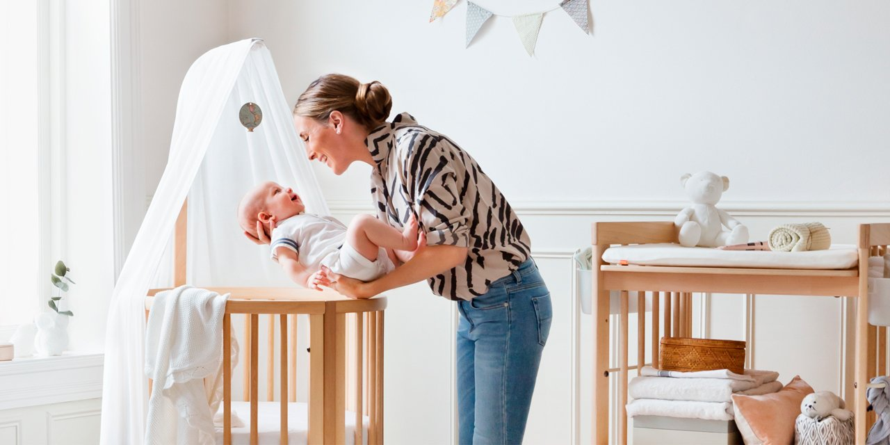 stokke® sleepi bed the baby crib that grows with your child - stokke® sleepi™ mini and stokke® care™ changing