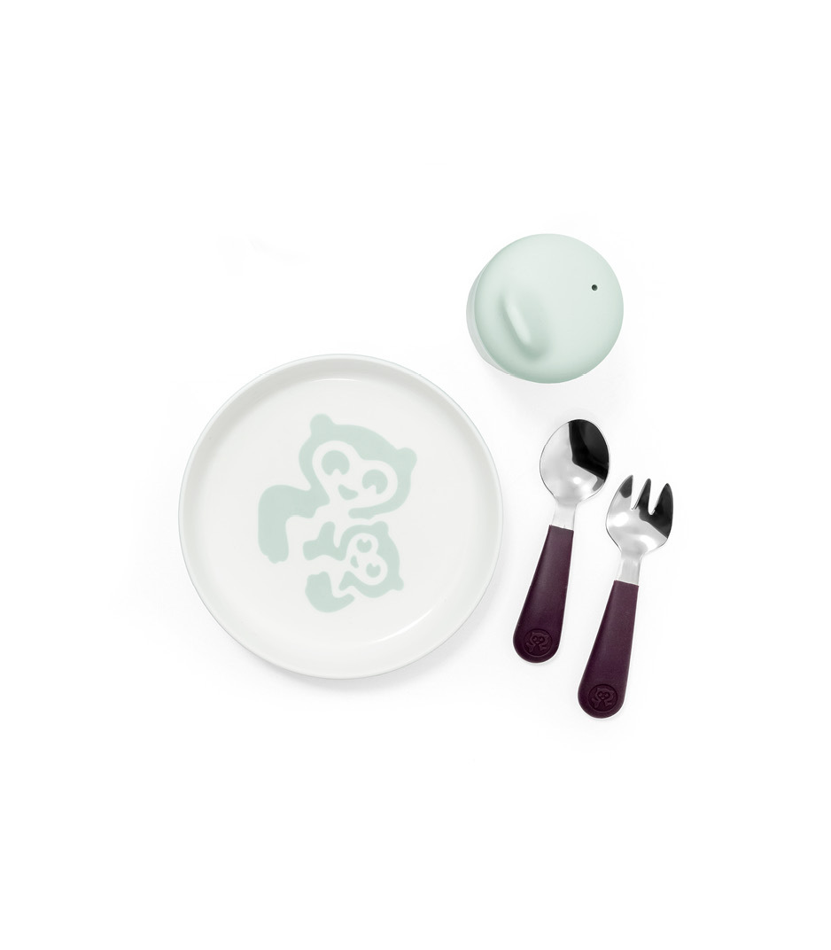 Stokke™ Munch Essentials. Tableware collection. Includes: Plate with cutlery and cup with lid.
