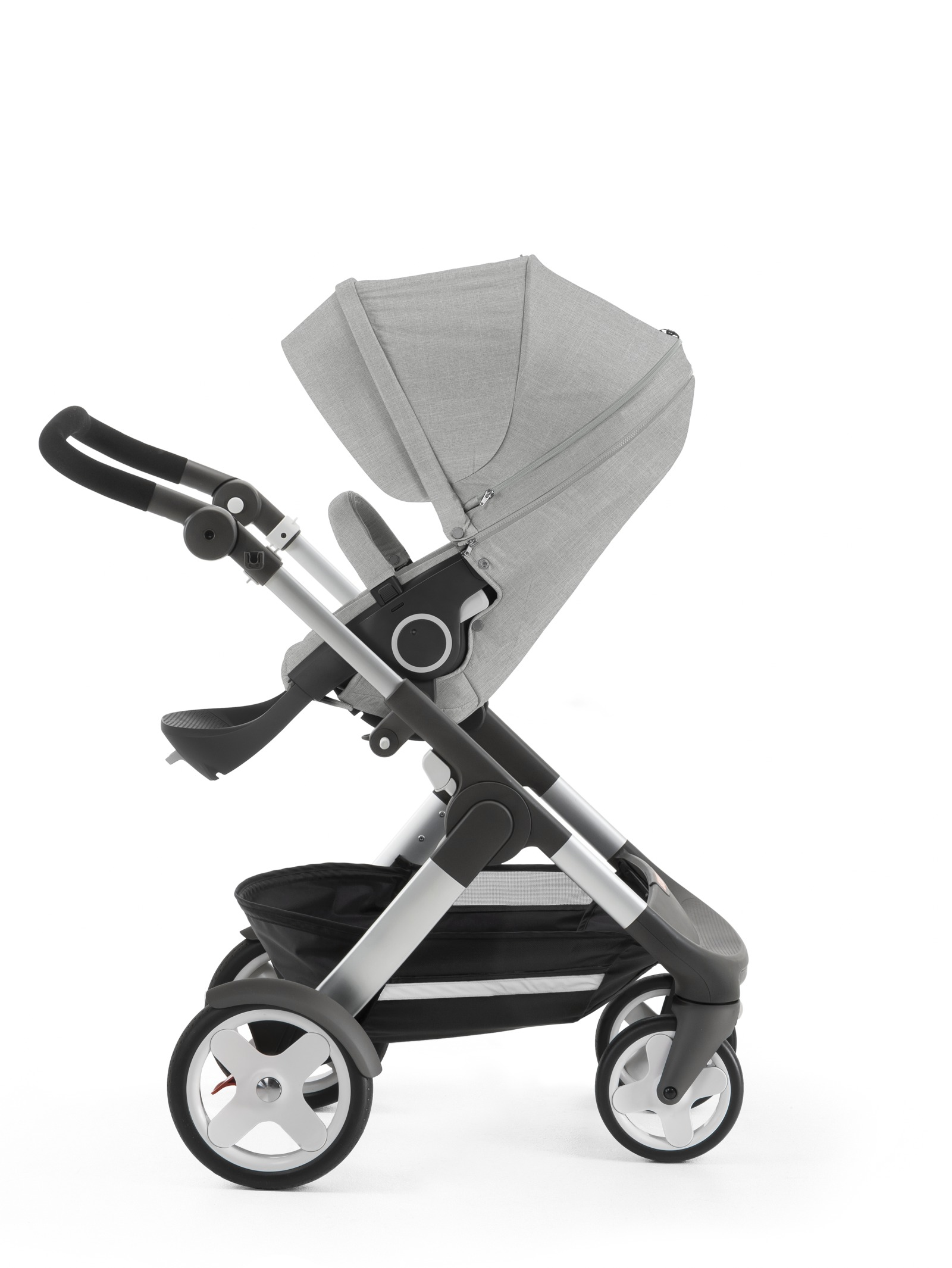 Stokke® Trailz™ with Stokke® Stroller Seat, Grey Melange. Classic Wheels.