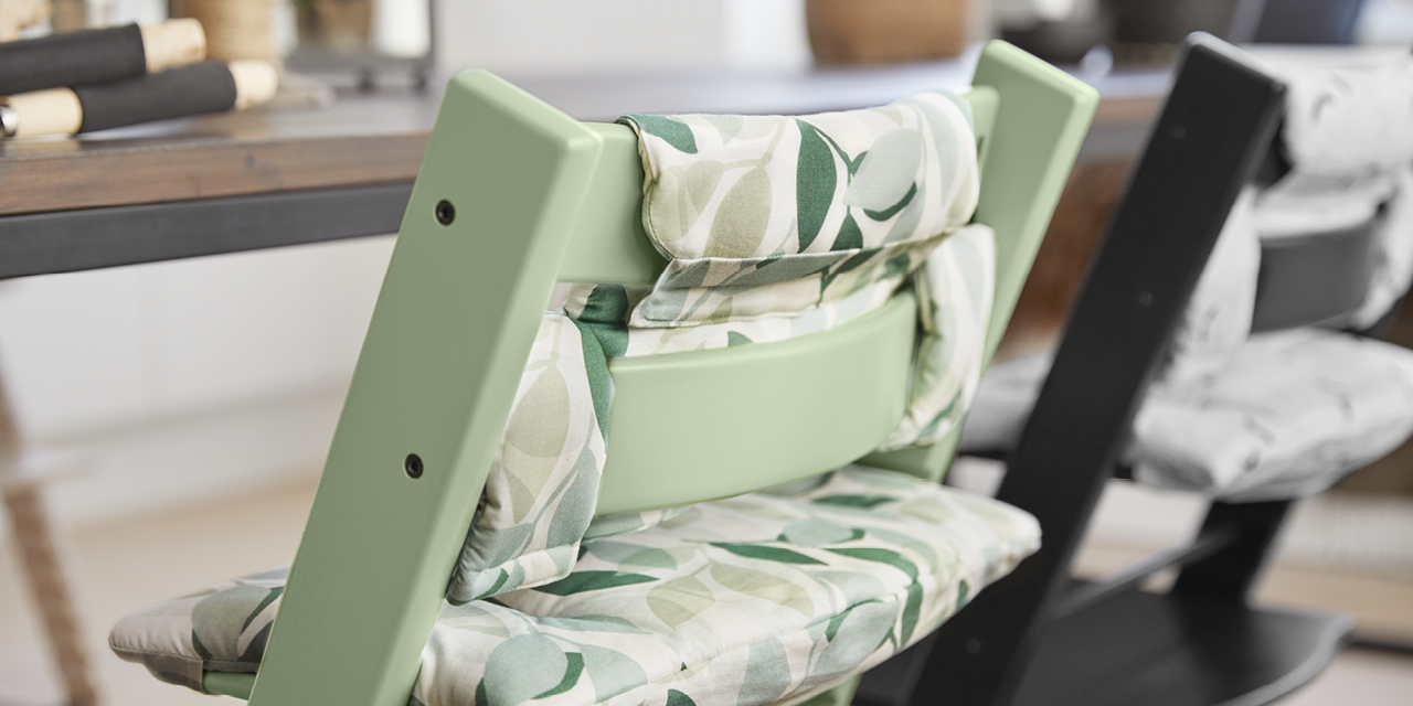 Stokke high chair blue - Tripp Trapp Moss Green With Green Forest Cushion Detail