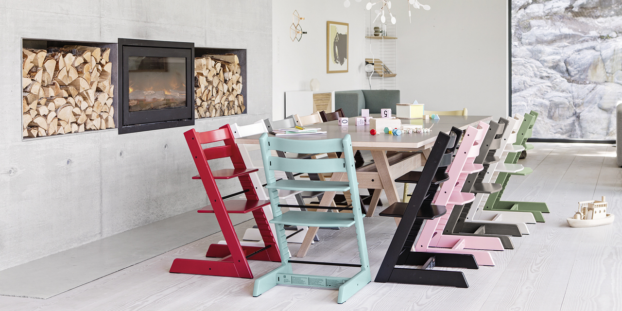 Tripp Trapp® colour collection around the table.