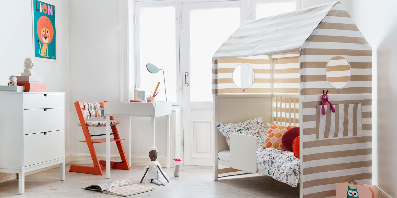 stokke home crib white. Black Bedroom Furniture Sets. Home Design Ideas