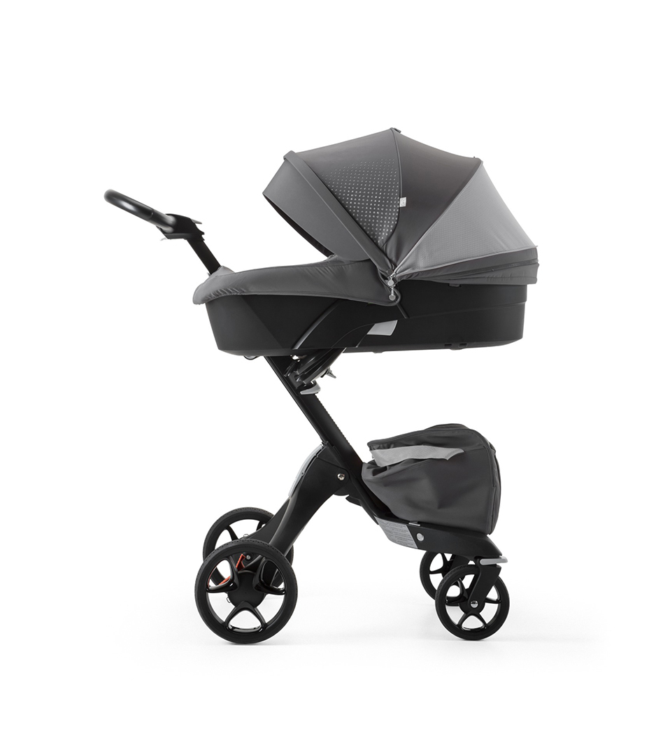 Stokke® Xplory® Black Chassis and Carry Cot. Athleisure Grey.